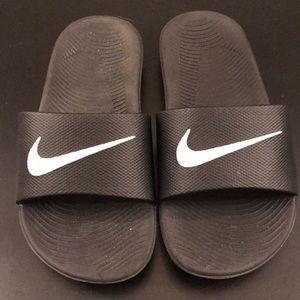 Boy's Nike 'kawa' Slides